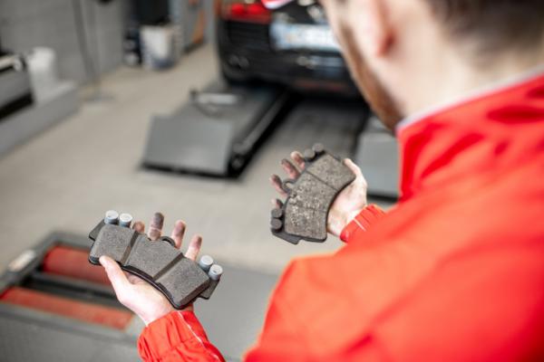 Warning Signs That Your Brake Pads Need to Be Replaced